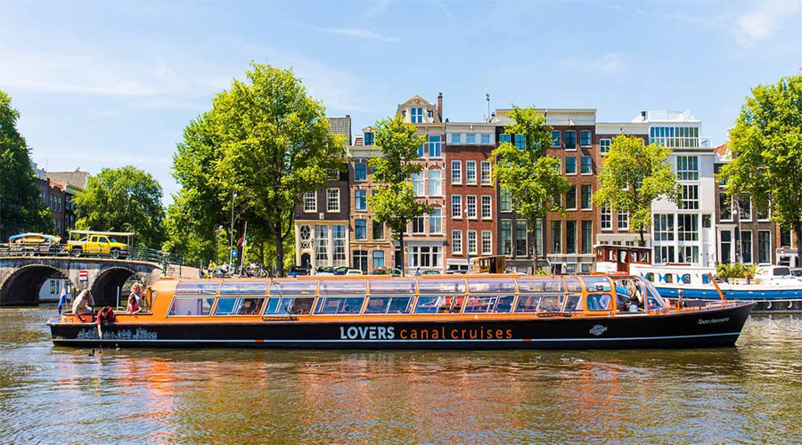 Canal Cruise with the Blue Boat