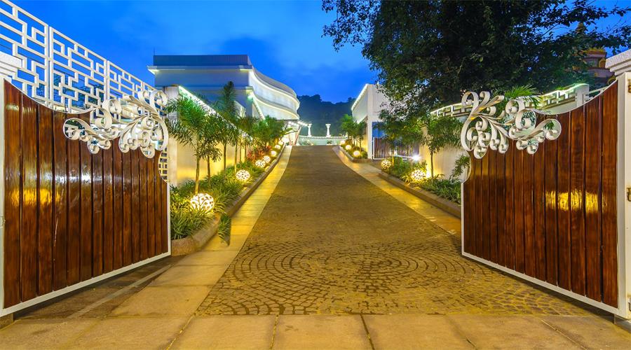 Entrance Area Park Regis