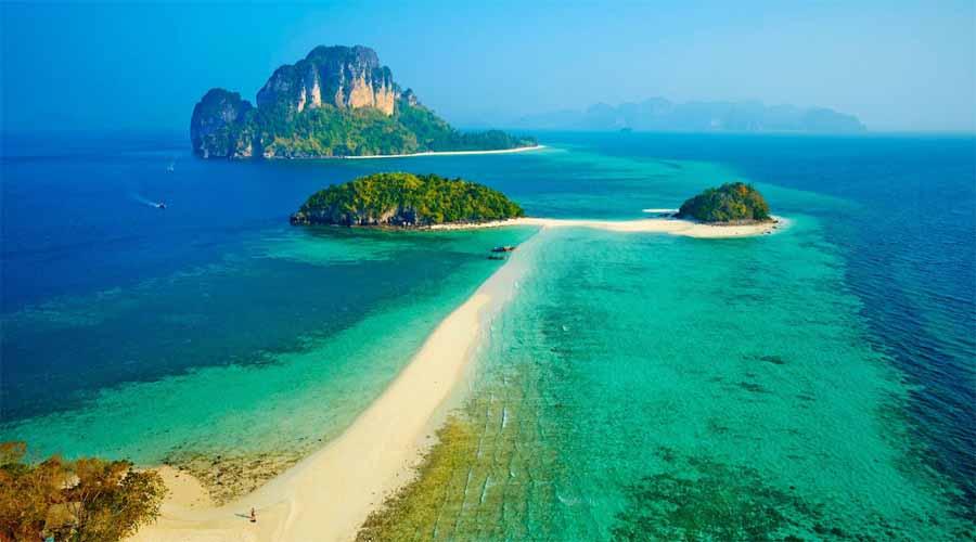 Chicken island beach