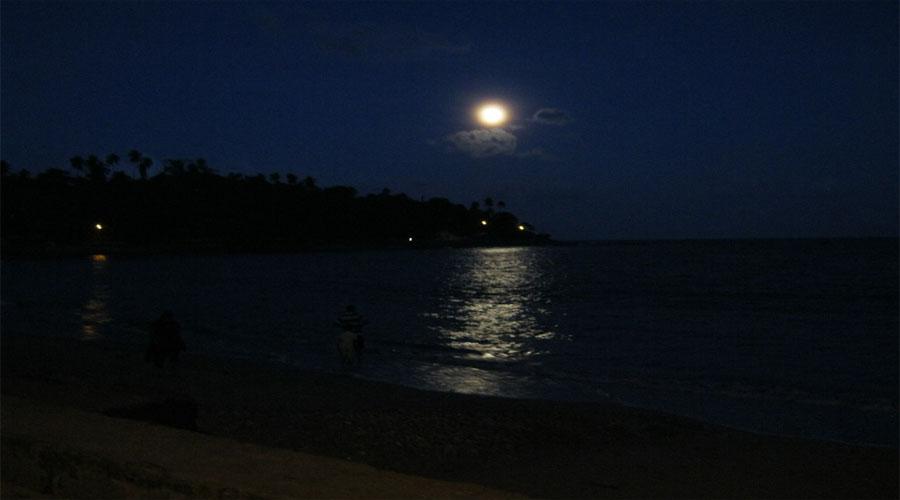 Full Moon Corbyncove Beach