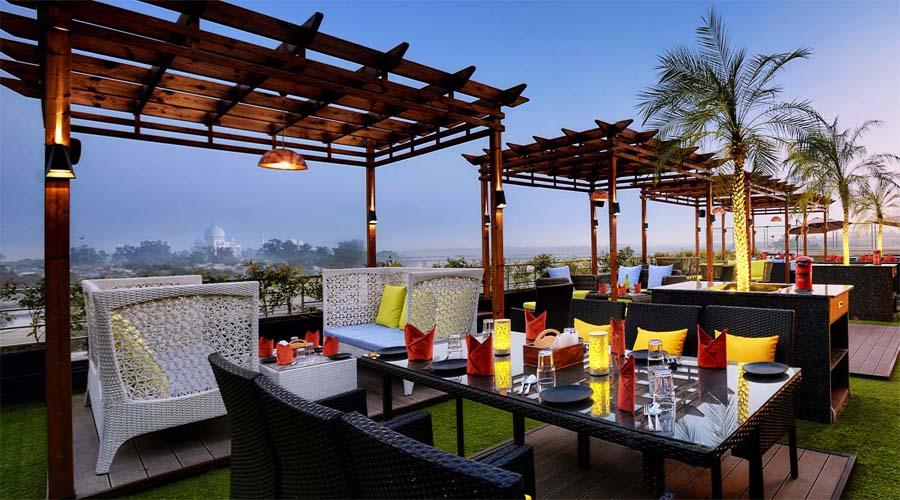 Hichkee Restaurant Taj View