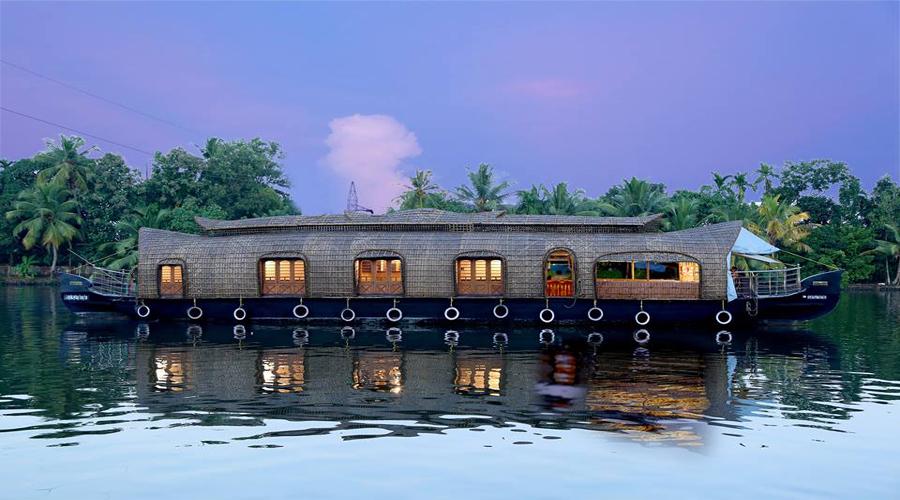 Houseboat Alleppey