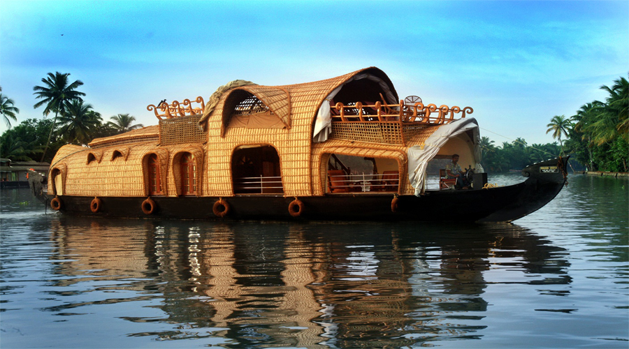 Houseboat Thekkady