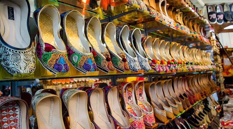 Jutti Lahori Gate Market