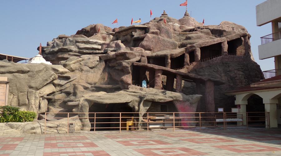 Vaishnodevi Temple Ahemdabad2