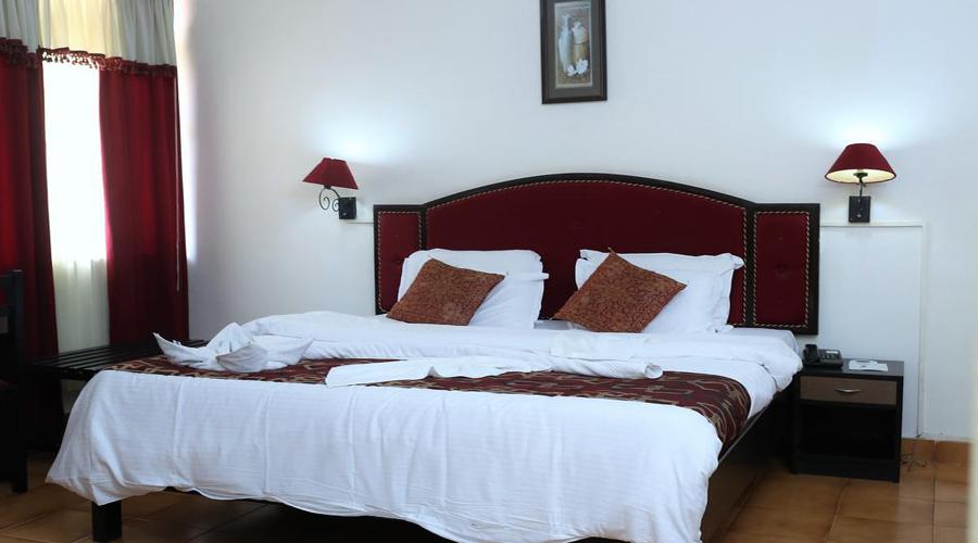 Alore Grande Room