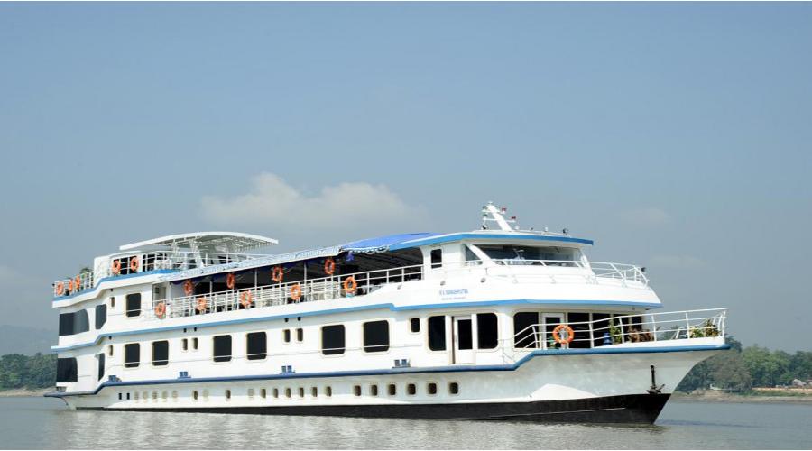 Guwahati Cruise Bramaputra12