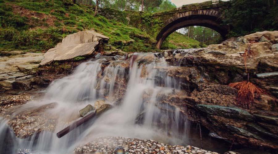 Water Fall Lansdowne