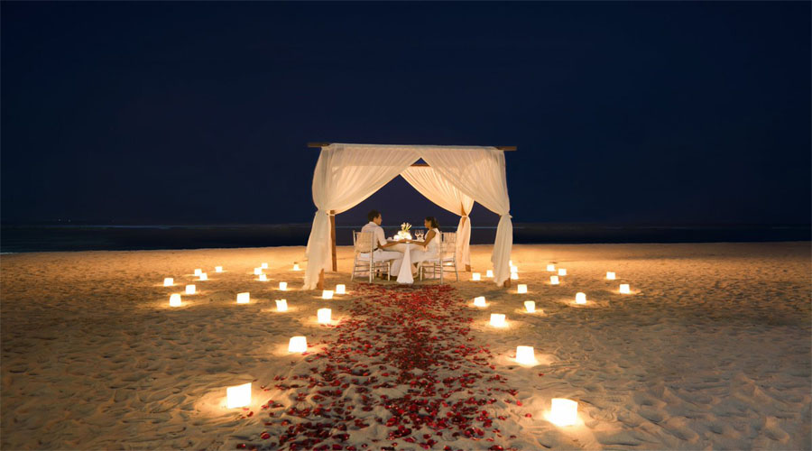 Candle Light Dinner on Beach