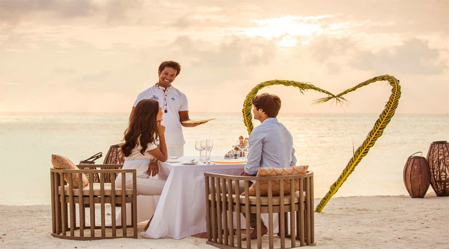 Honeymoon celebrate at Club Med