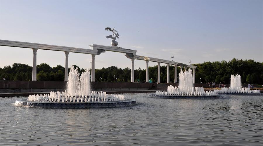 Independence Square Tashkent