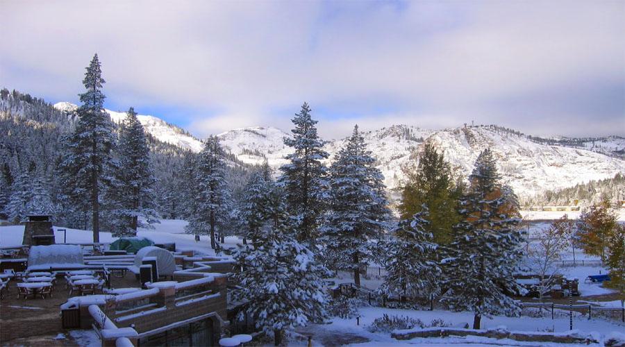 Lansdowne Snow fall