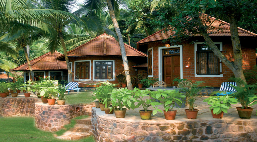 Manaltheeram Ayurvedic Resort