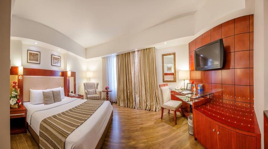 Sarovar Portico Jaipur Room