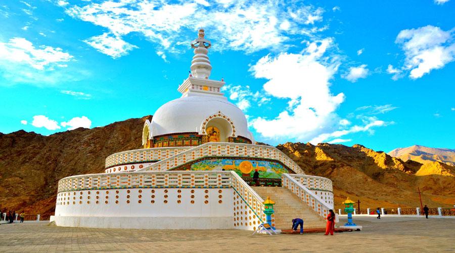 Shanti Stupa1
