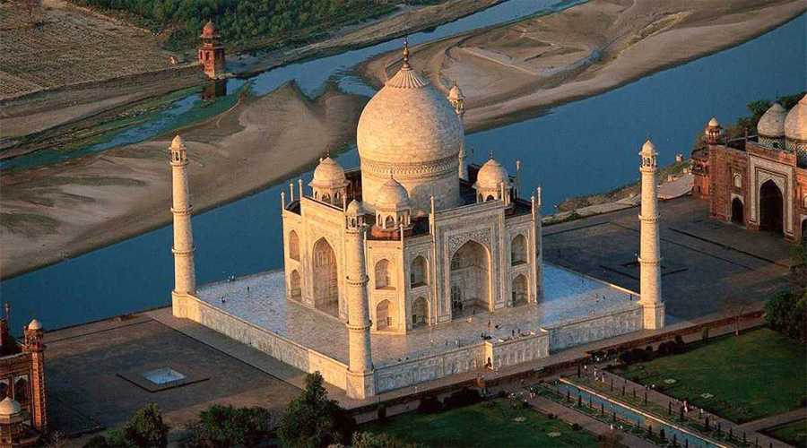 Taj Mahal with Yamuna River