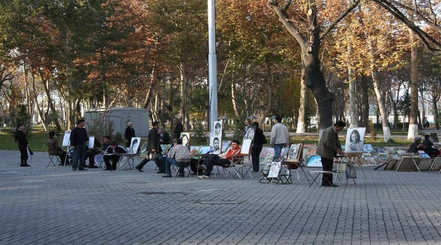 Tashkent Broadway in Tashkent