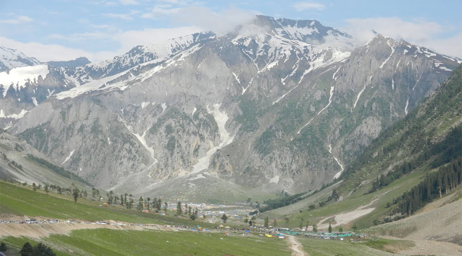 Baltal Valley in Sonmarg