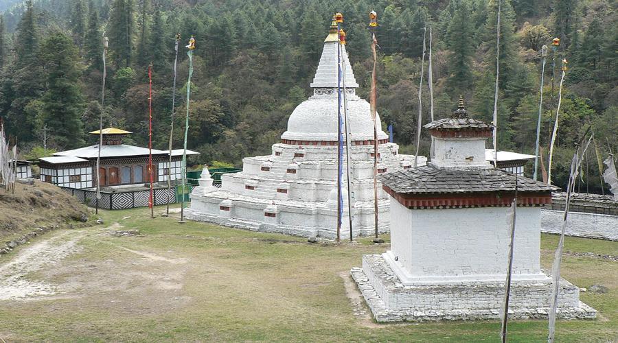 Chendbji Chorten enroute Punakha to Bumthang