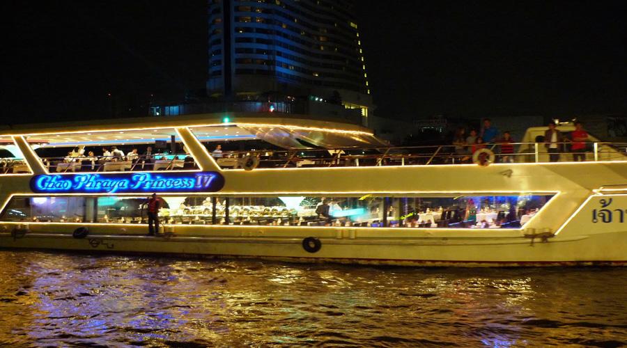 Chao Phraya tour cruise Bangkok
