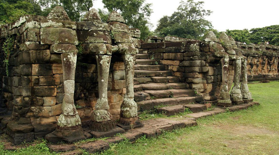 The Elephants Terrace (Siem Reap City Tour)