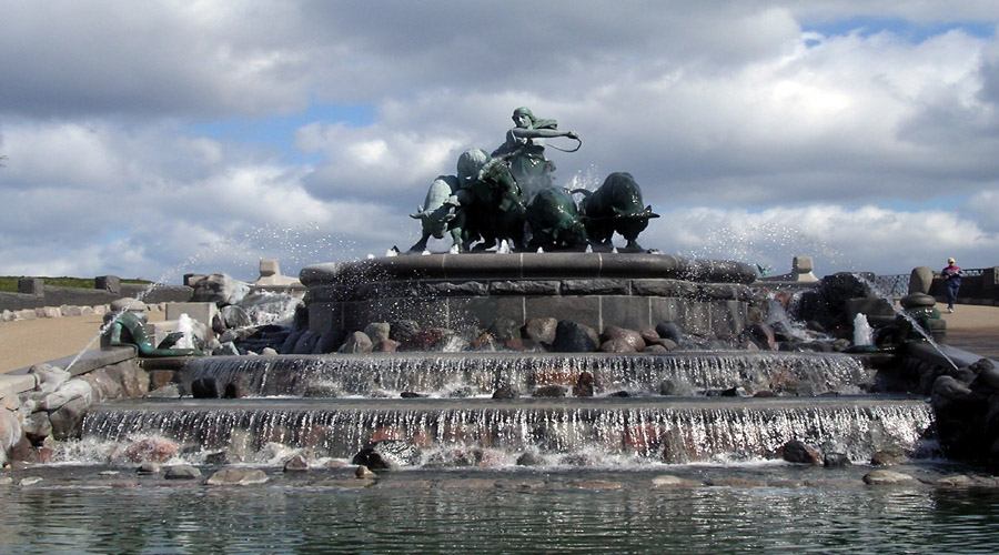 Gif on Fountain, Copenhagen