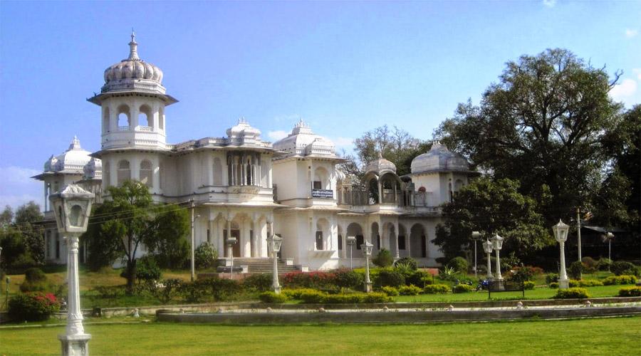 Gulab Bagh in Udaipur
