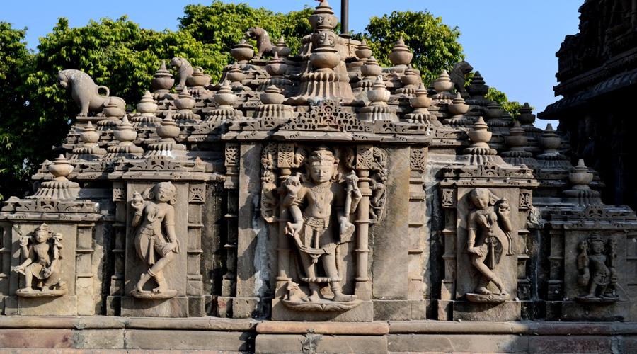 Haatheesing Jain Temple