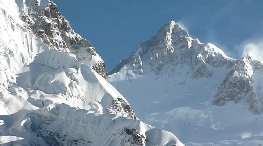 Kanchenjunga Hills