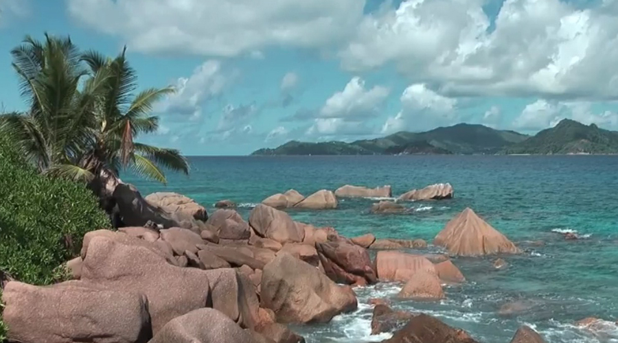Digue Island