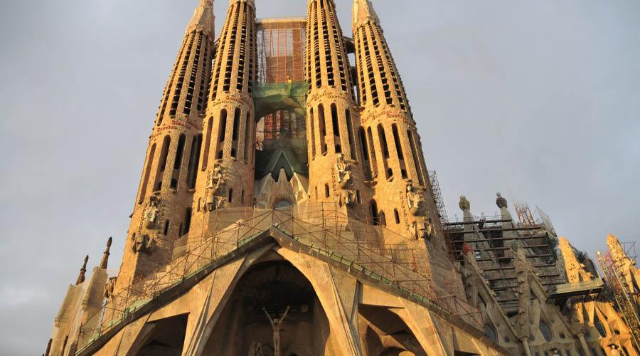 Montserrat & Artistic Barcelona