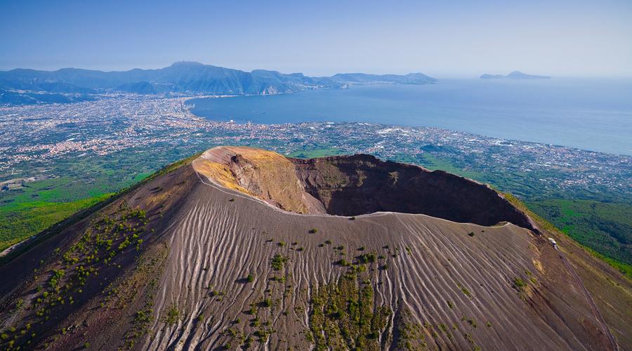Mount Vesuvius visit the active volcano, Pompeii