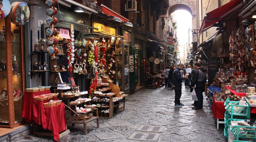 Market Napples, Italy