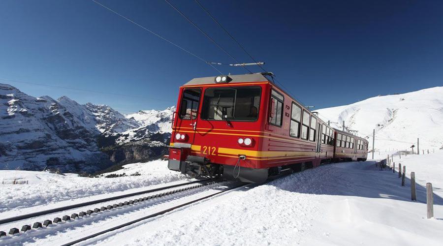 Ost tain to Jungfraujoch