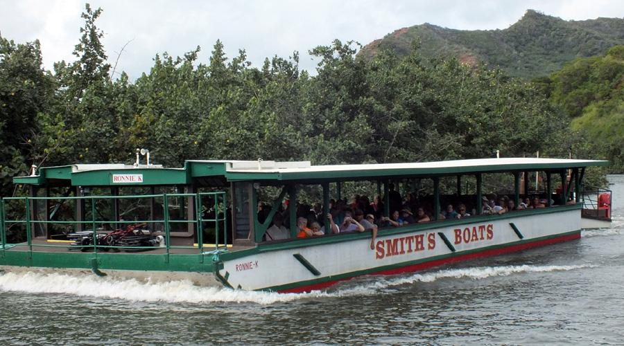 Boat Wailua River, Kauai