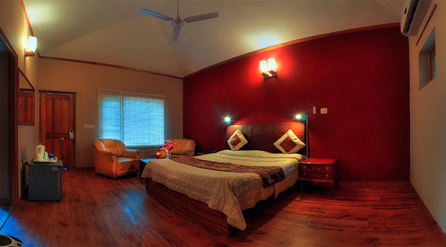Kikar Lodge Room