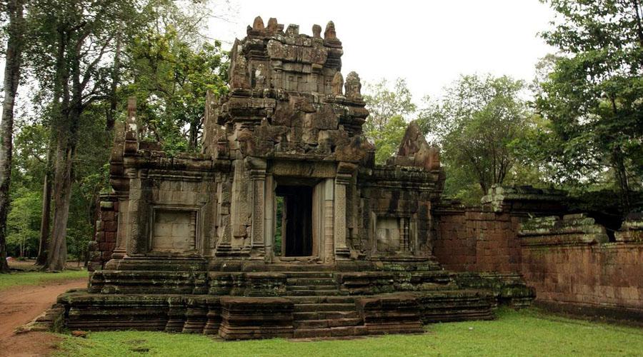The Royal Enclosure (Siem Reap City Tour)