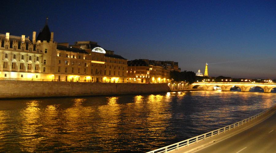 Seine Cruise, Paris