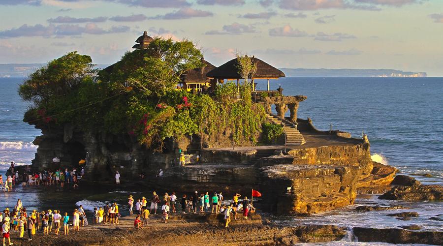 Tanahlot temple, Bali