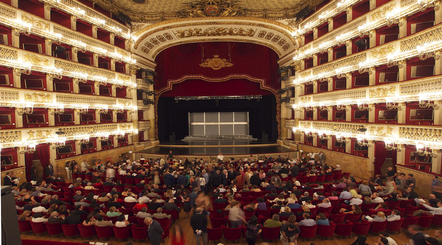the San Carlo Opera House