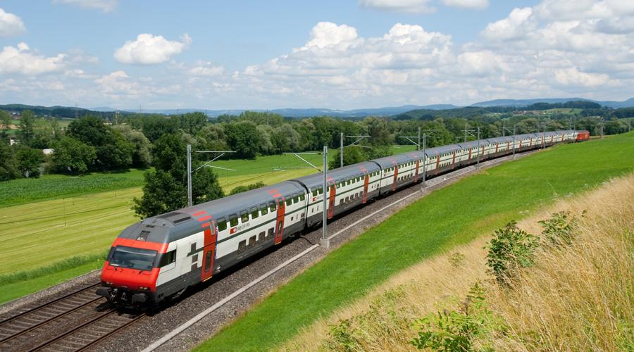 Train from Zurich to Lucerne