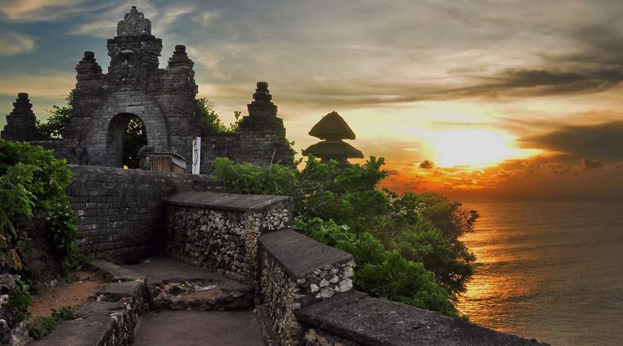 Uluwatu Temple Tour, Bali