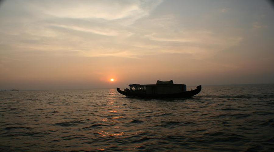 Vembanadu Lake Alleppey