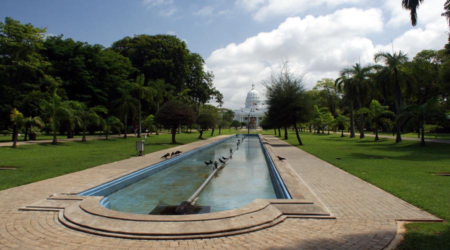 Viharamahadevi Park, Colombo
