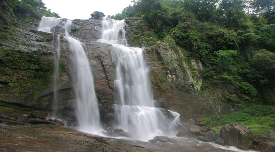 Water Fall Nuwara Eliya