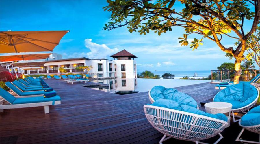 Swimming Pool Pullman Bali legian