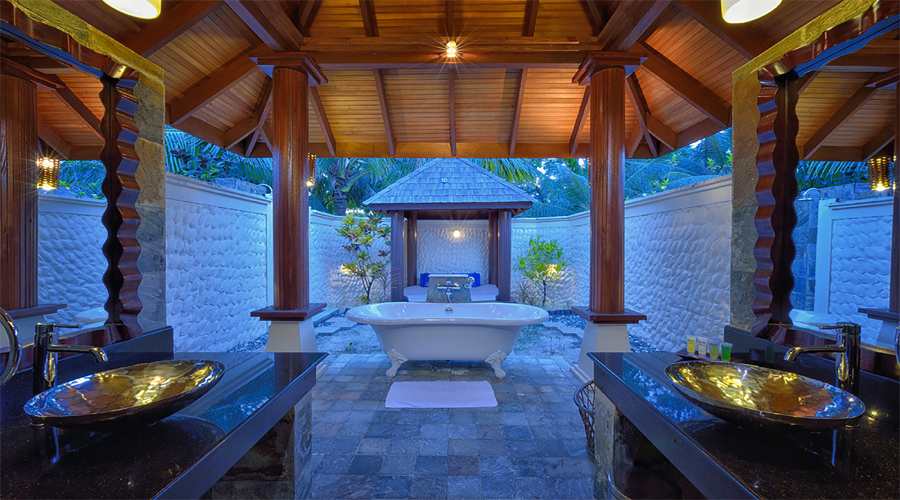 Bathtub Beach Villa